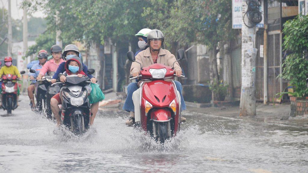 """Những hư hại dễ gặp phải khi xe máy tay ga """"lội nước"""